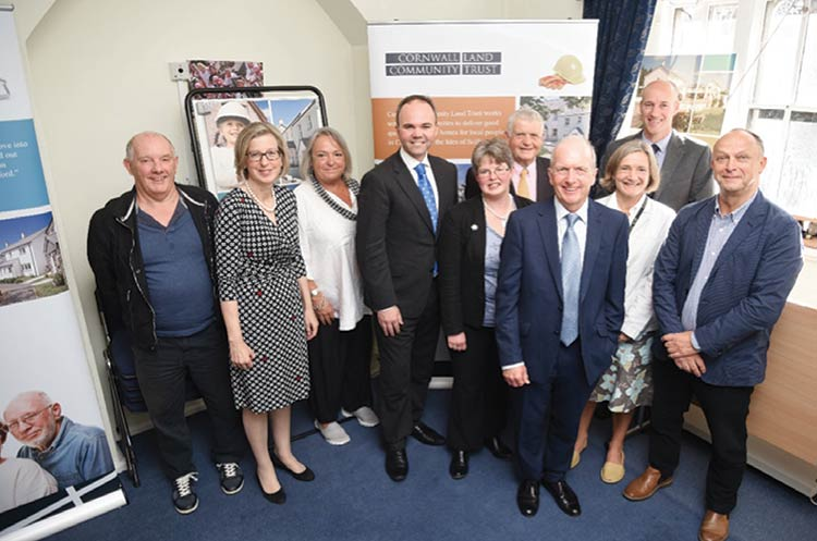 Housing and Planning Minister meet the team at Cornwall CLT